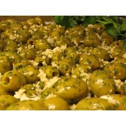 Oliven grün gekräutert mit...